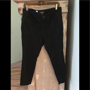 Ladies pants/nydj/nwot